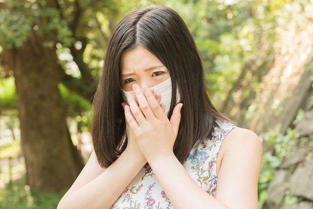 花粉症対策はたくさんありますが、一時的にではなく根本的に治したいという方がほとんどですよね。そんな花粉症を根本的に対策できる方法をご紹介します。