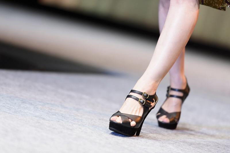 あなたもぜひこのムダ毛処理方法を実践してキレイな脚を手に入れてくださいね。