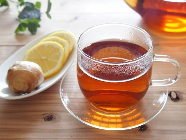生姜入りの紅茶って本当に身体が温まるんですよね。しかも、ブラックジンジャーと呼ばれる黒生姜を使用するとさらに効果がパワーアップするんです。