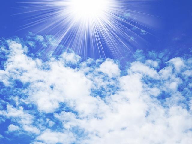 紫外線はお肌にシミを作るばかりか、老化を加速させる原因にもなってしまうので注意が必要です。
