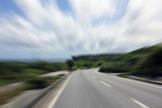 煽り運転や妨害運転をされた時の対処法を知っていれば何も怖くありません。
