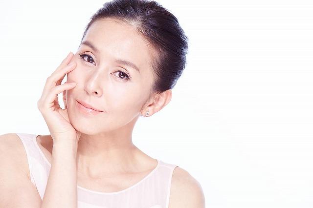 杉本彩さんが開発したEMS機能を強化した美顔器ララルーチュレジーナはも使ってみましたか?とても効果が高いと評判になっている高品質な美顔器です。