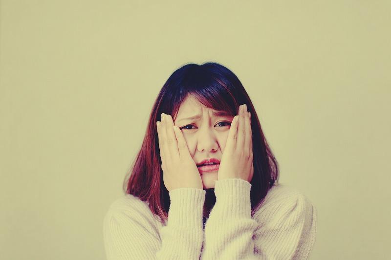 顔痩せを目指そうと表情筋トレーニングを実践していませんか?