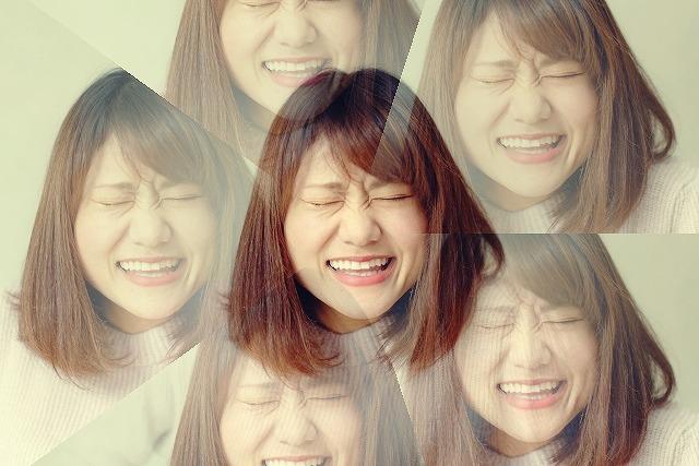 表情筋トレーニングはシワが増えるたり深くなるのでやめてください。