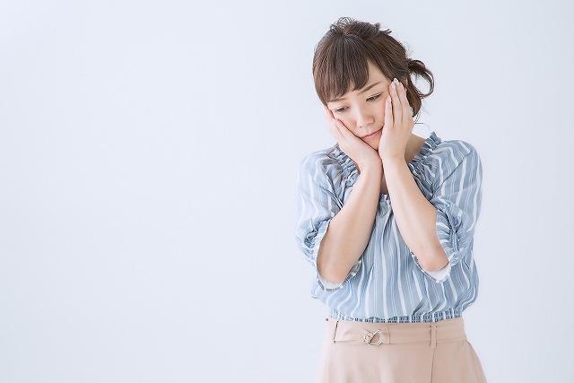 EMS美顔器は痛いの?