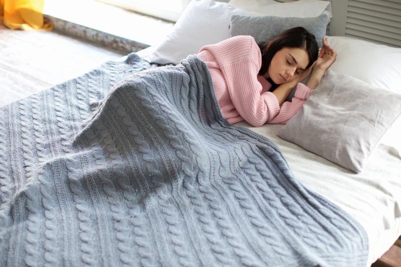 【アラプラス深い眠り】最安値店舗は楽天市場とAmazonどっち?《睡眠の質改善サプリ》