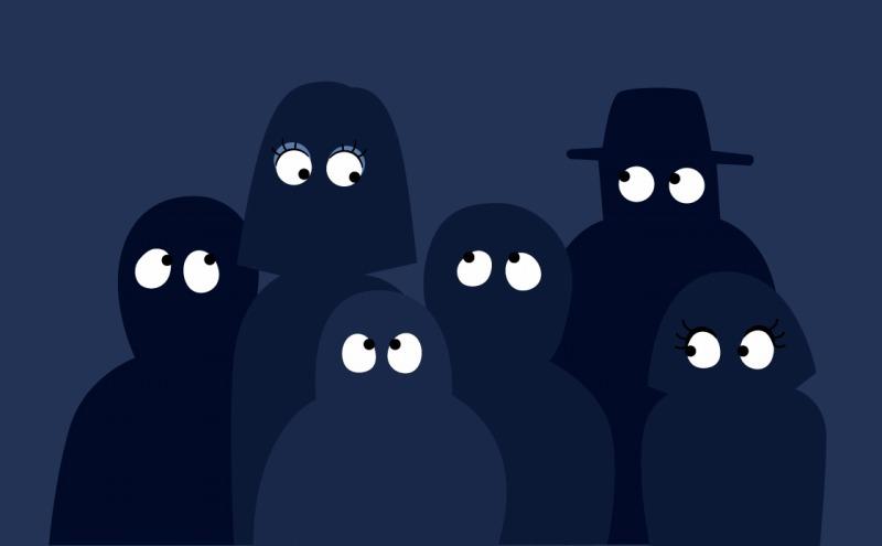 急な夜間停電は真っ暗闇!明かりの確保が超重要な話